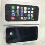Iphone 5 s 16 гбайт. Фото 1.