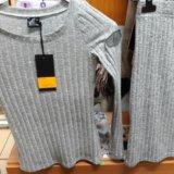 Кофта с юбкой новые, трикотаж. размер s. Фото 1. Калининград.