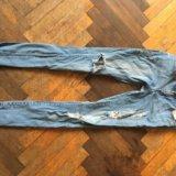 Рваные джинсы. Фото 1. Санкт-Петербург.