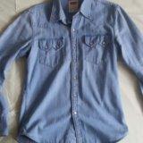 Рубашка джинсовая levi's. Фото 1.