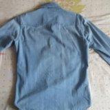 Рубашка джинсовая levi's. Фото 2.