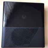 Xbox 360 e 500 gb. Фото 3.