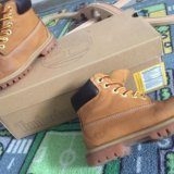 Ботинки timberlands + шлёпанцы gap. Фото 4.