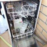 Посудомоечная машина. Фото 2.