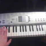 Синтезатор. Фото 2.