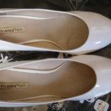 Белые туфли. Фото 3.