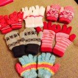 Перчатки для девочек ,каждая по  100р. Фото 1.
