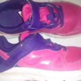 Кроссовки для девочки.. Фото 1.