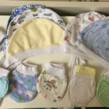 Чепчики и царапки для новорожденного. Фото 1.
