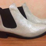 Ботинки замшевые новые. Фото 3.