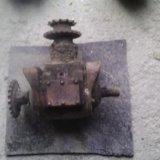 Редуктор и электро-двигатель. Фото 3.