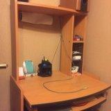 Шкаф и стол. Фото 3.