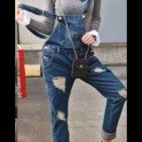 Продам джинсовый комбинезон. Фото 1.