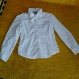 Белые блузки, размер 122. Фото 2. Тюмень.