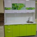 Кухонный гарнитур 1.8 м вставки лайм стеклодекор. Фото 3. Екатеринбург.