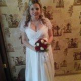 Шикарное свадебное платье. Фото 3.