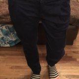 Темно-синие джинсы. Фото 1.