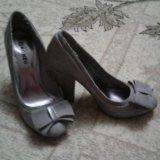 Туфли . в очень хорошем состоянии.. Фото 2.