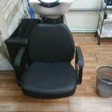 Парикмахерская мойка и кресло. Фото 3.