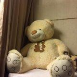Большой плюшевый медведь. Фото 1. Москва.