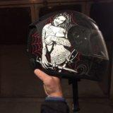 Мотоциклетный шлем. Фото 1.