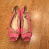 Розовые туфли на танкетке. Фото 2.