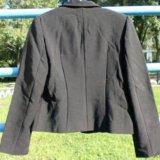 Костюм для девочки (пиджак + юбка), размер 32. Фото 2. Москва.