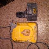 Продам зарядное устройства для шуруповерта девольт. Фото 2.