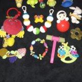 Игрушки погремушки +игрушки отдам на фото нет. Фото 4.