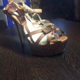 Туфли со стразами. Фото 3.