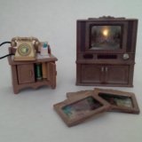 Sylvanian families телевизор и телефонный стол. Фото 1. Курган.