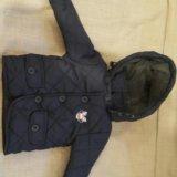 Курточка стеганная  6-12мес. Фото 1.