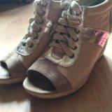 Продаю ботинки женские. Фото 4.