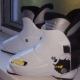 Горнолыжные ботинки детские. Фото 1.