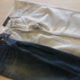 Брюки и джинсы зауженные. Фото 2.