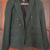 Зеленый пиджак. Фото 1.