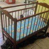 Детская кроватка с матрасом. Фото 2.