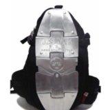 Рюкзак a.s.m.k. с металическими пластинами. Фото 1.