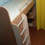 Кровать-чердак +матрац. Фото 1.
