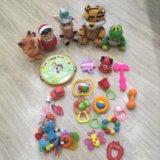 Игрушки от 0-1г. Фото 1.