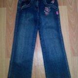 Много джинсовой одежды. Фото 3.