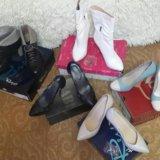 Красивейшие туфли и сапожки. Фото 1. Москва.