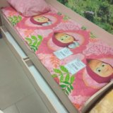 Кровать с ящиками. Фото 1.