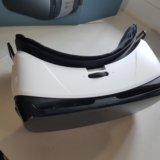 Очки виртуальной реальности gear vr. Фото 2.