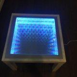 Журнальный стол с эффектом бесконечности. Фото 1.