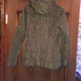 Осенняя женская куртка. Фото 2.
