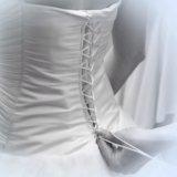 Свадебное платье + подарки. Фото 4.