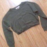 Укорочённый свитер. Фото 1.