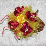 Цветочная композиция в плетеном сапожке. Фото 2. Москва.