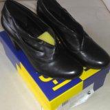 Новые кожаные туфли. Фото 1.